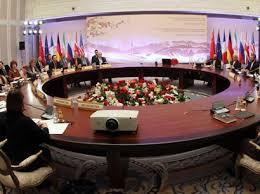 Het in 2015 verdrag tussen Iran en de P5+1 landen verloopt stroef. Iran test nog steeds ballistische raketten. De VN heeft nu de landen, die het verdrag hebben gesloten - ook Iran - opgeroepen om zich te houden aan volledige implementatie. De VS wil sancties uitbreiden.